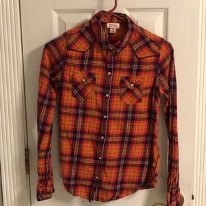 Woman's Flannel Shirt with snap buttons